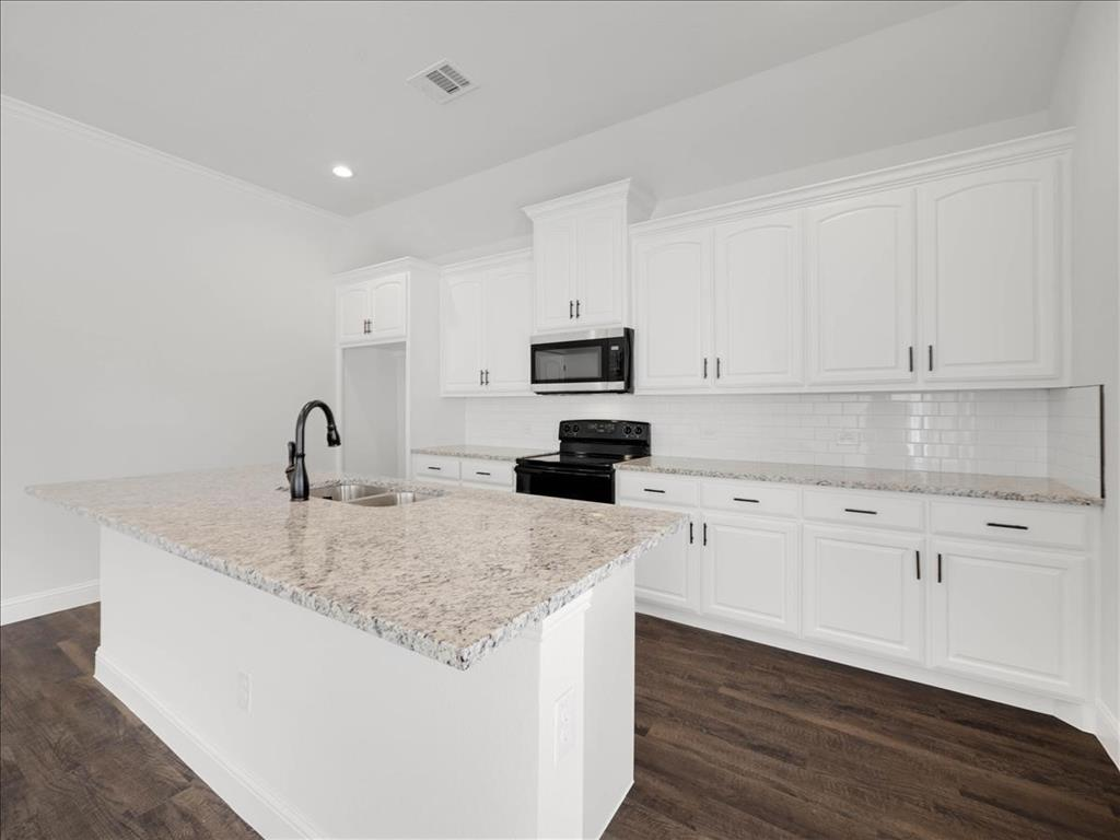 903 20th  Street, Corsicana, Texas 75110 - acquisto real estate best prosper realtor susan cancemi windfarms realtor
