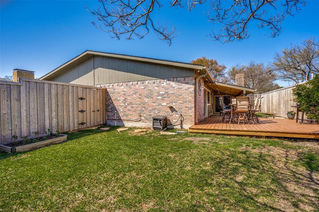 10954 Middle Knoll Drive, Dallas, Texas 75238 - acquisto real estate best realtor dfw jody daley liberty high school realtor
