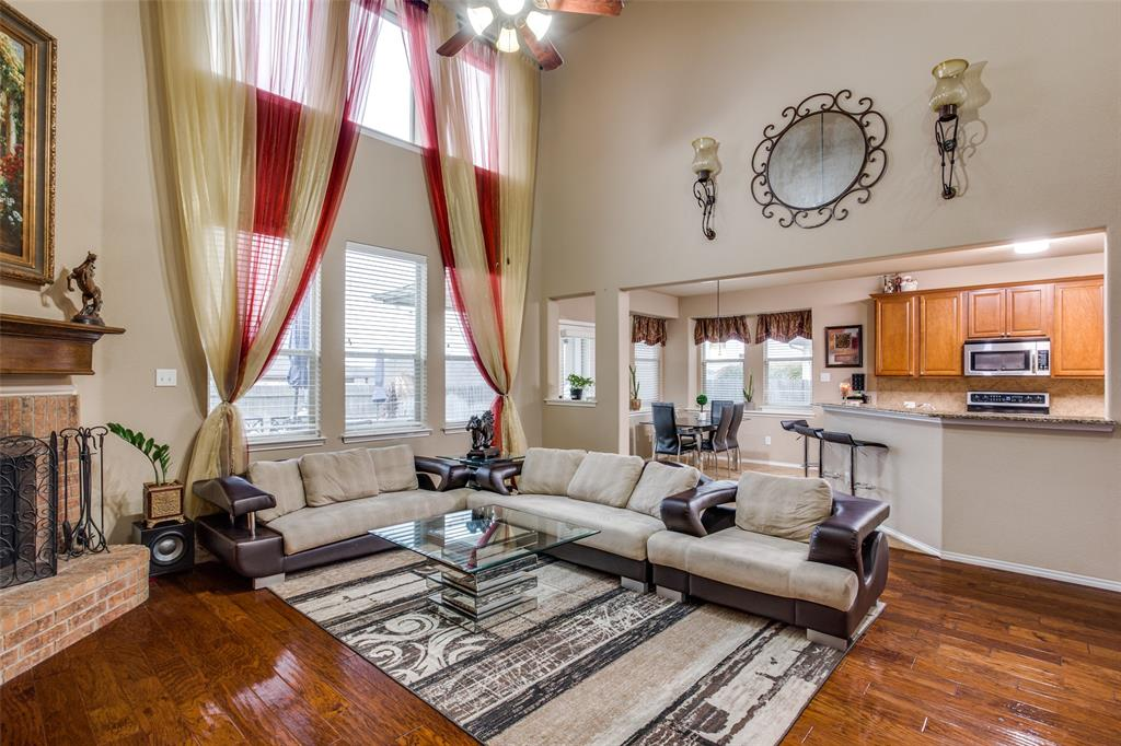425 Crown Oaks  Drive, Fort Worth, Texas 76131 - acquisto real estate best luxury buyers agent in texas shana acquisto inheritance realtor