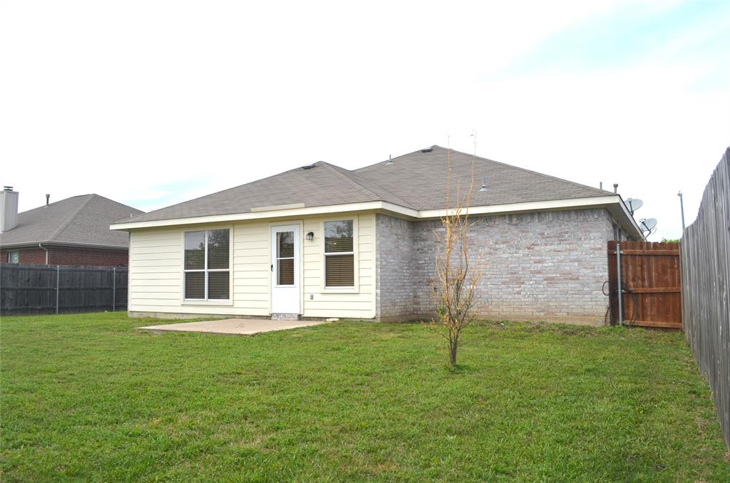 4500 Ashbury  Lane, Mansfield, Texas 76063 - acquisto real estate best looking realtor in america shana acquisto