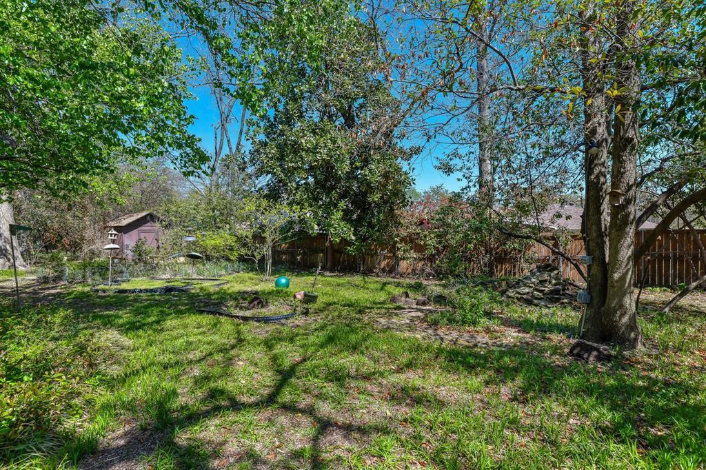 2428 Oakridge Street, Denton, Texas 76209 - acquisto real estate best photo company frisco 3d listings