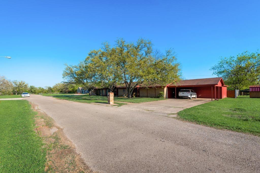 221 Laurel Lane, Fairfield, Texas 75840 - acquisto real estate best allen realtor kim miller hunters creek expert