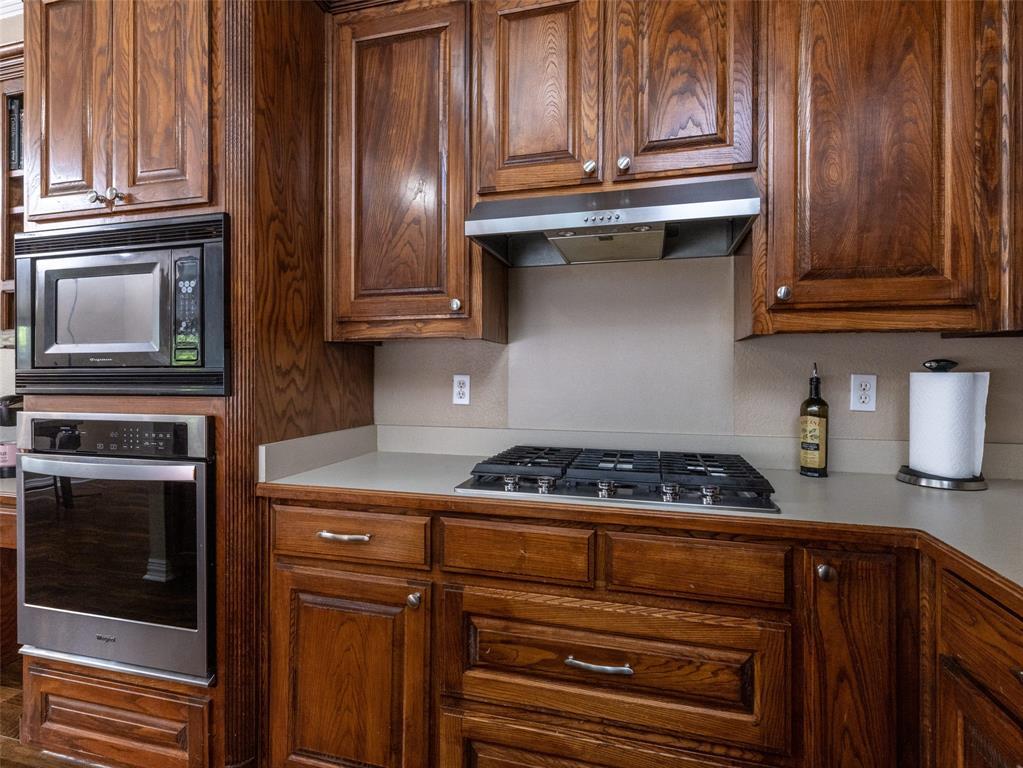 2108 Hidden Woods  Court, Arlington, Texas 76006 - acquisto real estate best luxury buyers agent in texas shana acquisto inheritance realtor