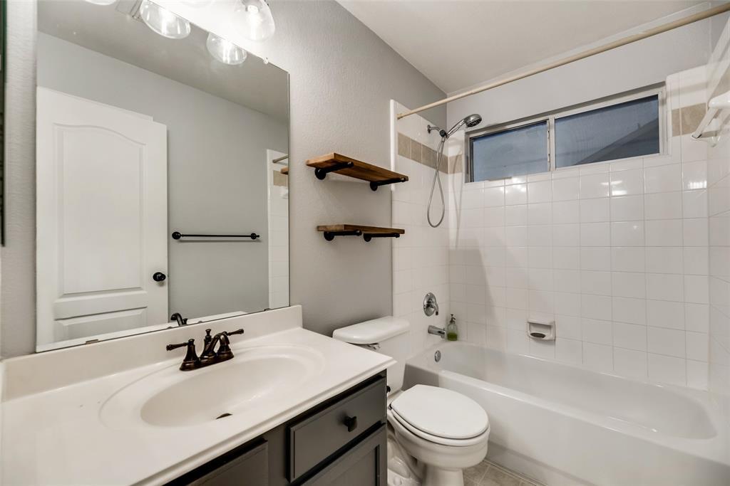 3621 Ranchman  Boulevard, Denton, Texas 76210 - acquisto real estate best new home sales realtor linda miller executor real estate