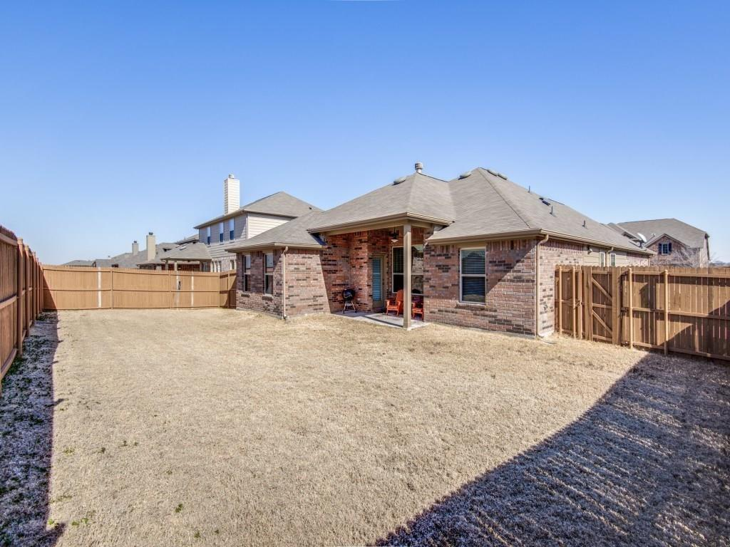 1305 Hudson Lane, Prosper, Texas 75078 - acquisto real estaet best boutique real estate firm in texas for high net worth sellers