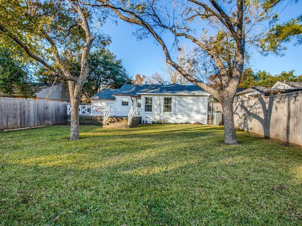4044 Rochelle Drive, Dallas, Texas 75220 - acquisto real estate best realtor foreclosure real estate mike shepeherd walnut grove realtor