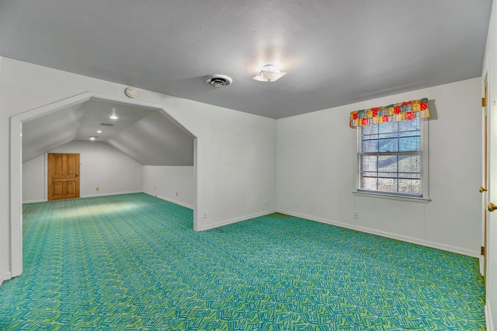 2428 Oakridge Street, Denton, Texas 76209 - acquisto real estate best luxury buyers agent in texas shana acquisto inheritance realtor