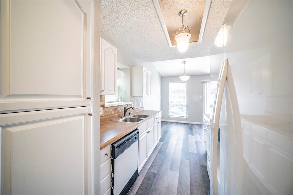 6230 Fernwood  Drive, Arlington, Texas 76001 - acquisto real estate best celina realtor logan lawrence best dressed realtor
