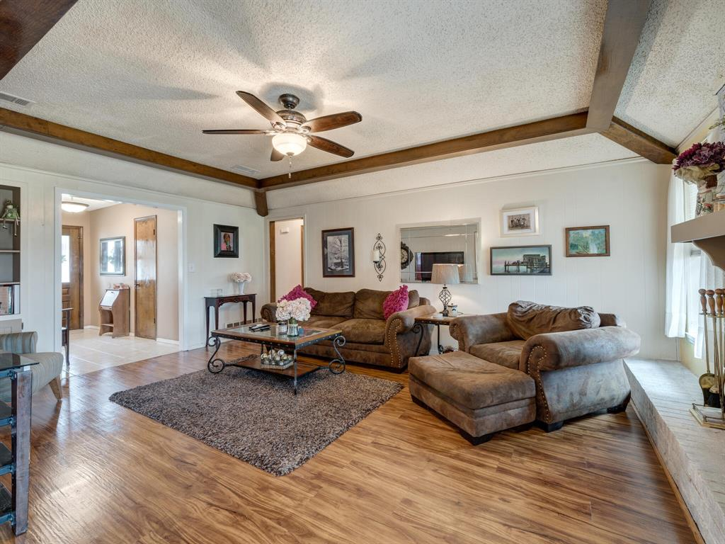 425 Mountainview Drive, Hurst, Texas 76054 - acquisto real estate best listing listing agent in texas shana acquisto rich person realtor