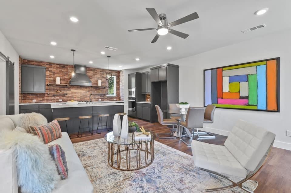 1561 Cosette  Drive, Dallas, Texas 75215 - acquisto real estate best allen realtor kim miller hunters creek expert