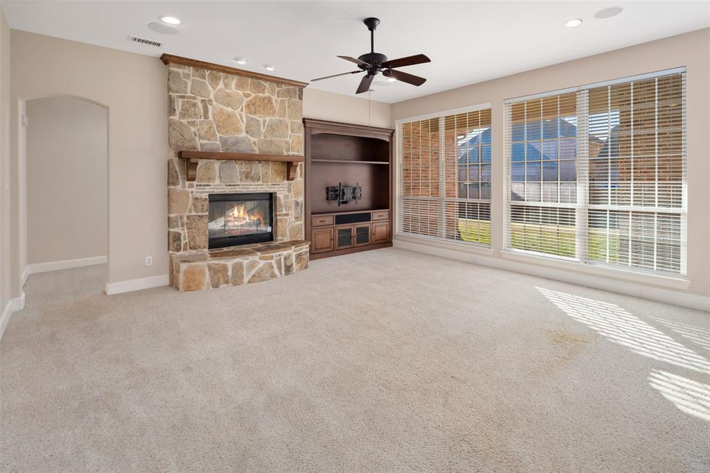935 Pine Burst  Drive, Allen, Texas 75013 - acquisto real estate best highland park realtor amy gasperini fast real estate service