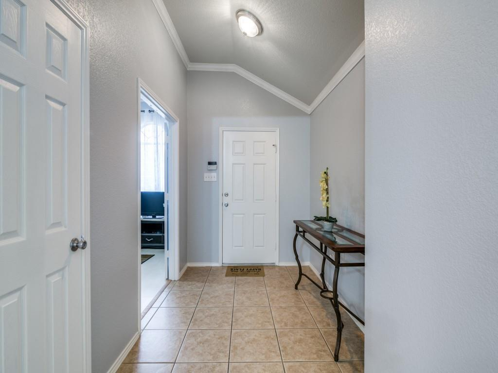 321 Highland Creek  Drive, Wylie, Texas 75098 - acquisto real estate best the colony realtor linda miller the bridges real estate