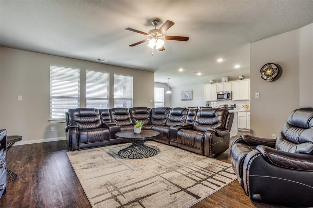 1304 Lawnview Drive, Forney, Texas 75126 - acquisto real estate best celina realtor logan lawrence best dressed realtor