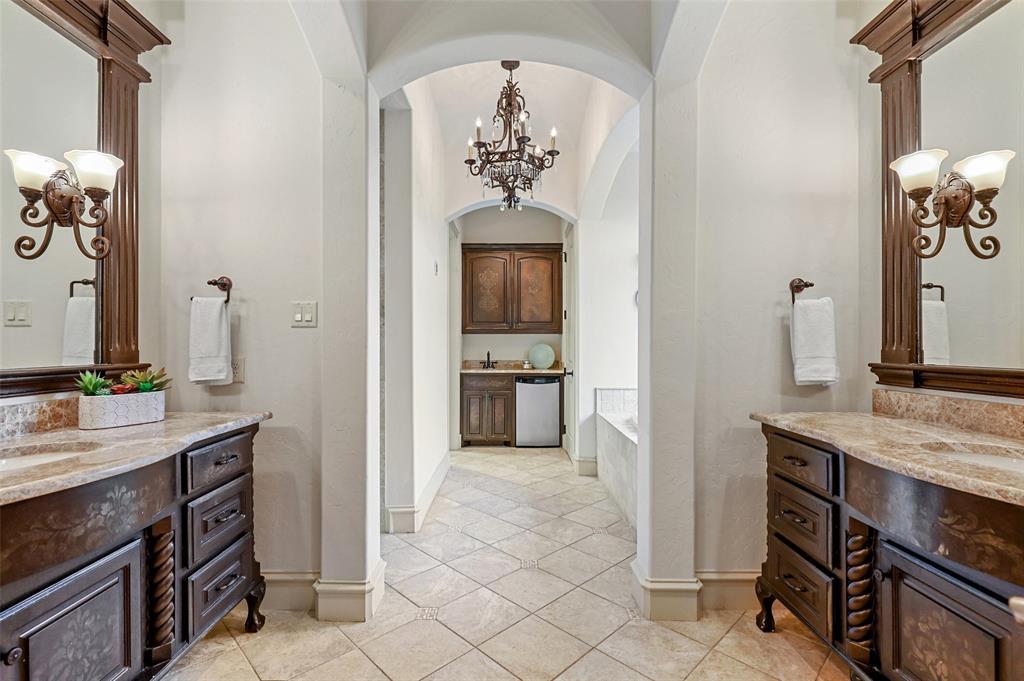 1710 Bur Oak  Drive, Southlake, Texas 76092 - acquisto real estate best realtor westlake susan cancemi kind realtor of the year