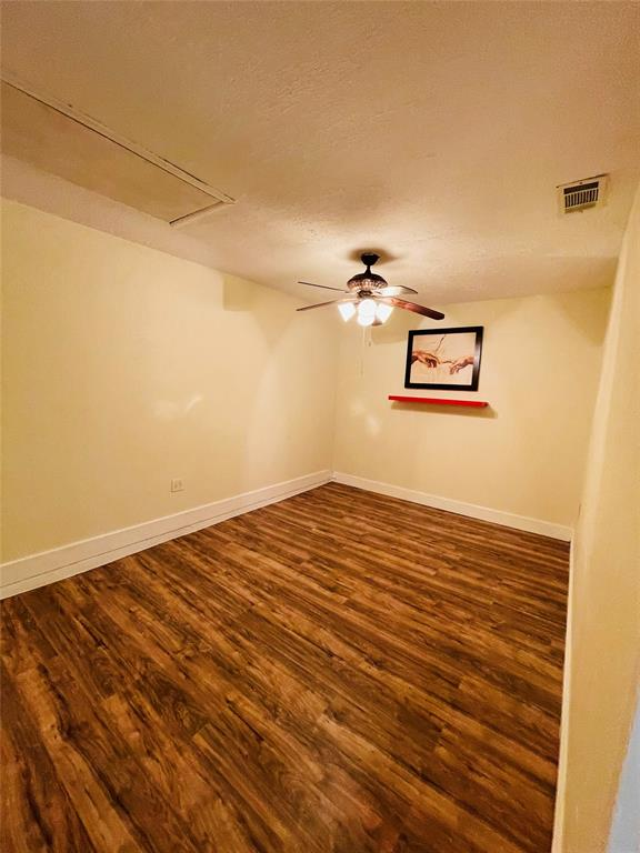 2636 Bluebird  Lane, Mesquite, Texas 75149 - acquisto real estate best new home sales realtor linda miller executor real estate