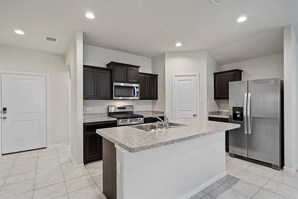 9324 HERRINGBONE  Drive, Fort Worth, Texas 76131 - Acquisto Real Estate best mckinney realtor hannah ewing stonebridge ranch expert