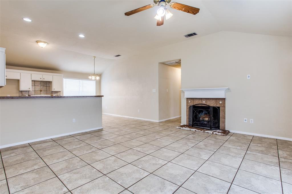 10632 Shadywood  Drive, Fort Worth, Texas 76140 - acquisto real estate best highland park realtor amy gasperini fast real estate service