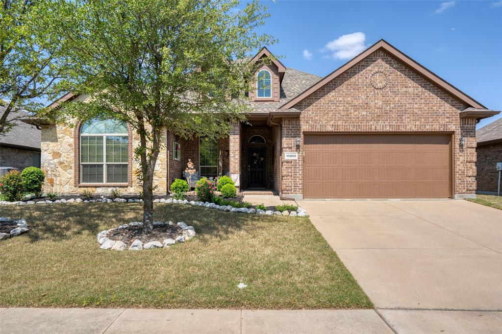 15800 Carlton Oaks Drive, Fort Worth, Texas 76177 - Acquisto Real Estate best frisco realtor Amy Gasperini 1031 exchange expert