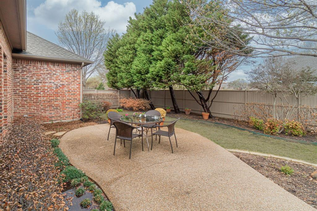 6604 Oak Hollow Lane, McKinney, Texas 75072 - acquisto real estate best realtor dallas texas linda miller agent for cultural buyers