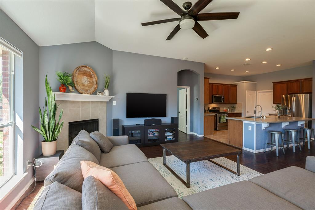 2860 Evening Mist Drive, Little Elm, Texas 75068 - acquisto real estate best luxury buyers agent in texas shana acquisto inheritance realtor