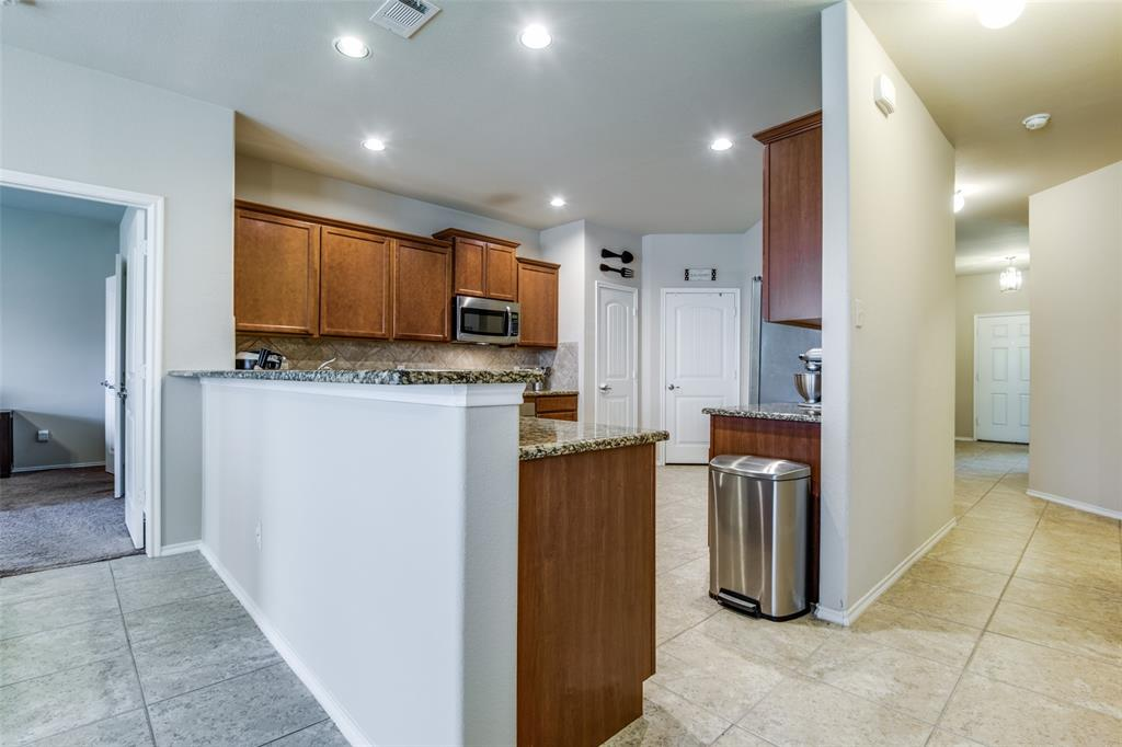 413 Riverstone  Way, McKinney, Texas 75072 - acquisto real estate best celina realtor logan lawrence best dressed realtor