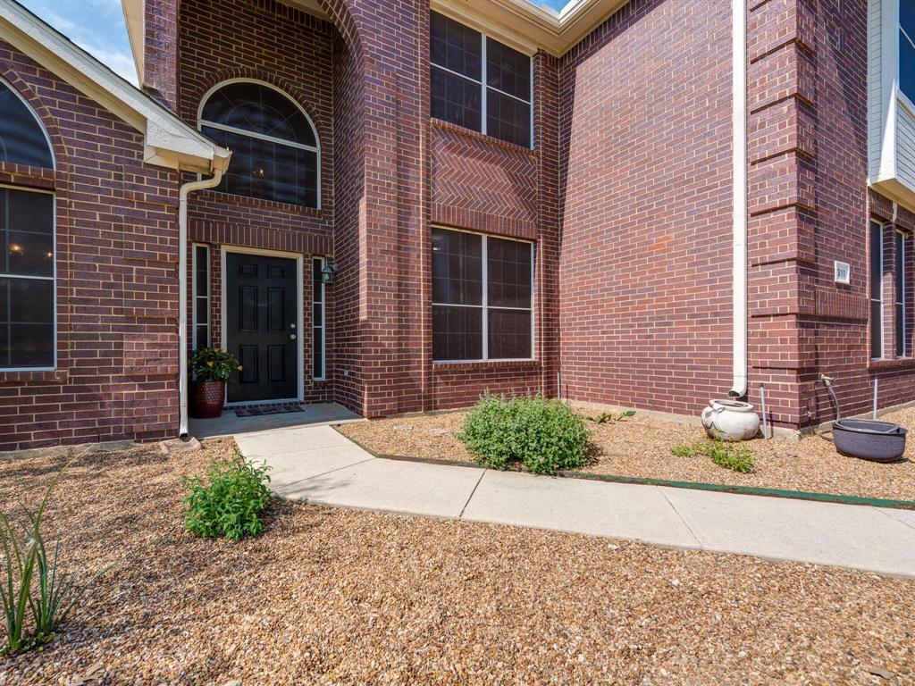 311 Cottonwood  Trail, Shady Shores, Texas 76208 - acquisto real estate best allen realtor kim miller hunters creek expert