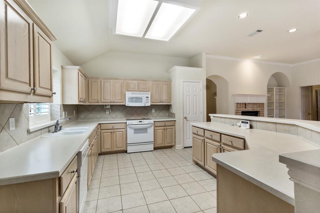 2685 Poinsettia  Drive, Richardson, Texas 75082 - acquisto real estate best listing agent in the nation shana acquisto estate realtor
