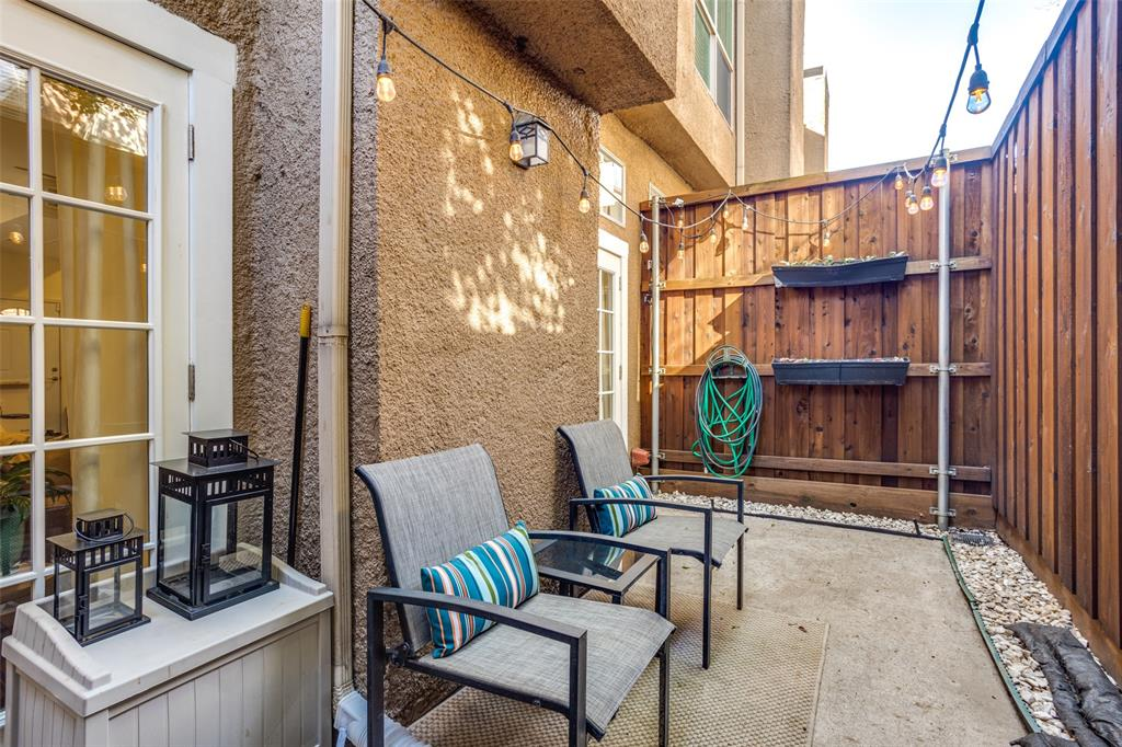 4025 Holland Avenue, Dallas, Texas 75219 - acquisto real estate best realtor dallas texas linda miller agent for cultural buyers