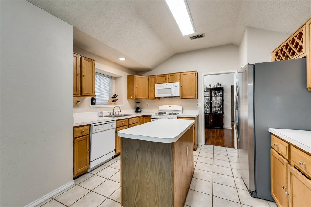 820 Miles  Lane, Cedar Hill, Texas 75104 - acquisto real estate best real estate company in frisco texas real estate showings