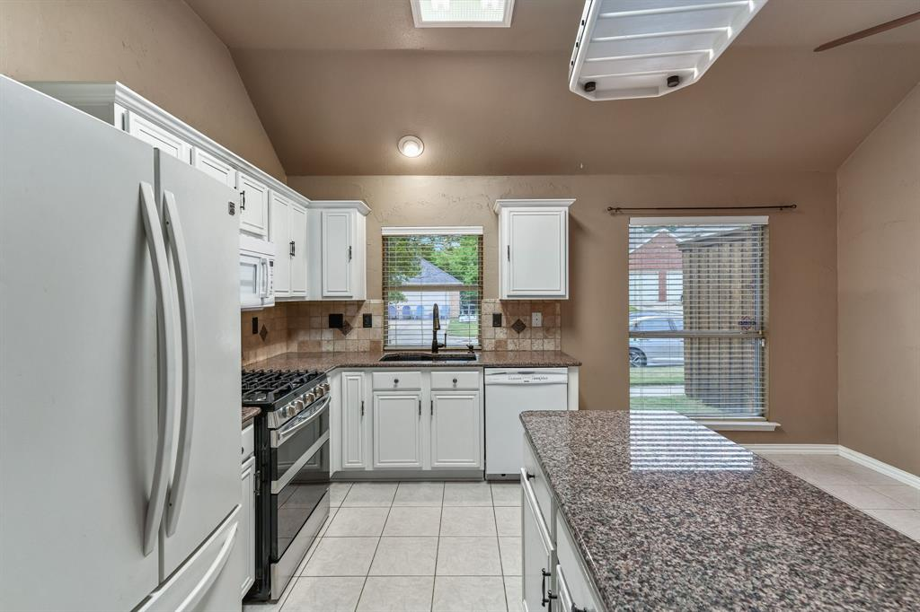 4601 Parkview  Lane, Fort Worth, Texas 76137 - acquisto real estate best investor home specialist mike shepherd relocation expert