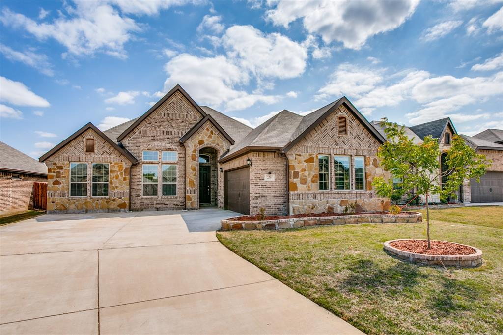 275 Ovaletta  Drive, Justin, Texas 76247 - Acquisto Real Estate best plano realtor mike Shepherd home owners association expert