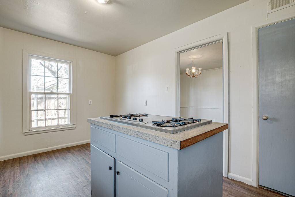 2015 Shortal Street, Dallas, Texas 75217 - acquisto real estate best real estate company to work for