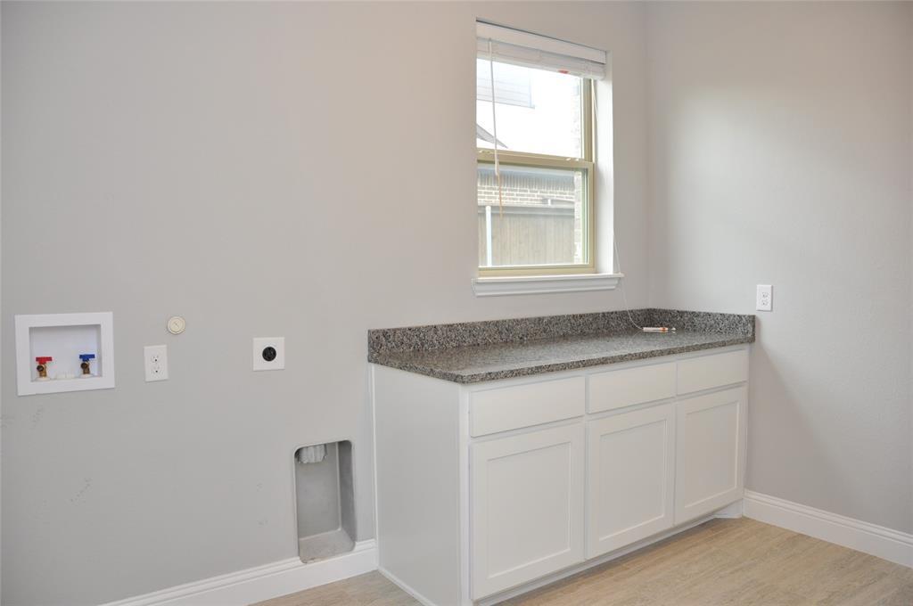 2606 Kuykendall Drive, Arlington, Texas 76001 - acquisto real estate smartest realtor in america shana acquisto
