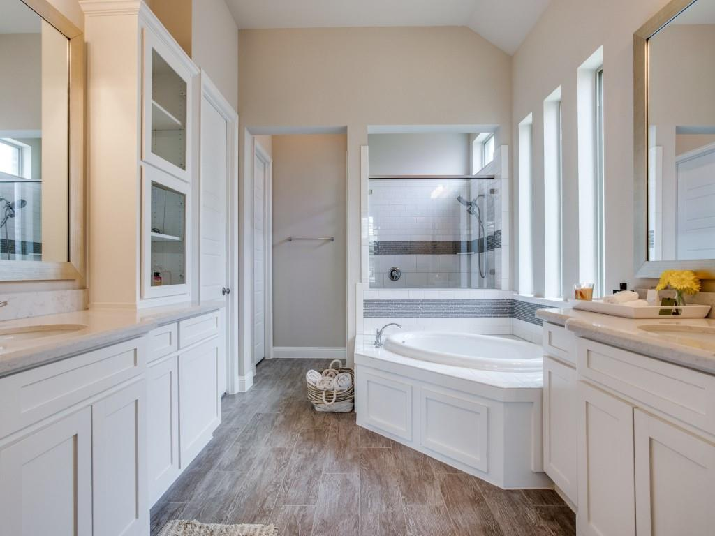 3028 Dustywood  Drive, McKinney, Texas 75071 - acquisto real estate best photos for luxury listings amy gasperini quick sale real estate