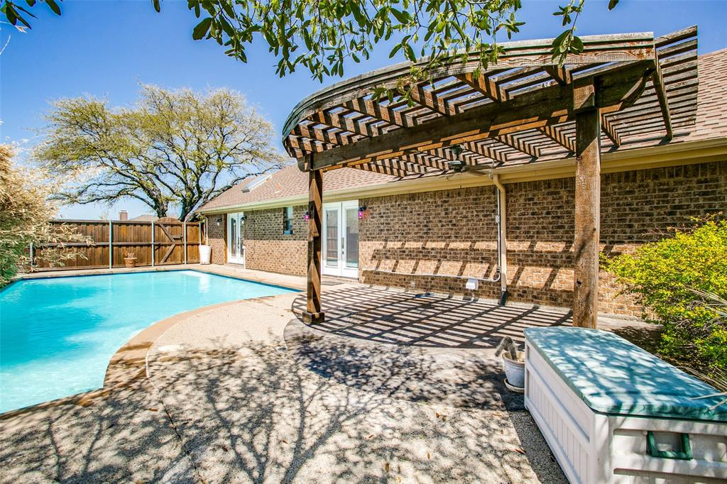 1600 Sutters Mill Carrollton, Texas 75007 - acquisto real estate best plano real estate agent mike shepherd