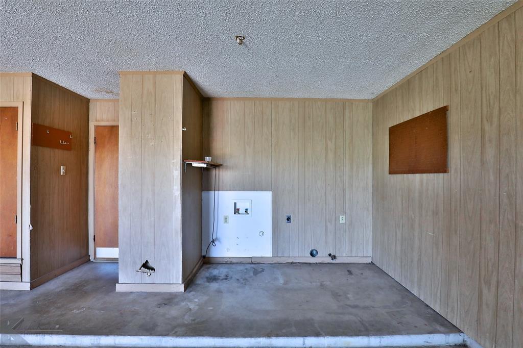 2909 21st  Street, Abilene, Texas 79605 - acquisto real estate best plano real estate agent mike shepherd