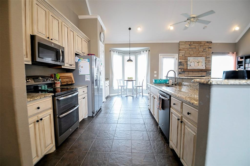 5009 Eagle Ridge  Trail, Sherman, Texas 75092 - acquisto real estate best real estate company to work for
