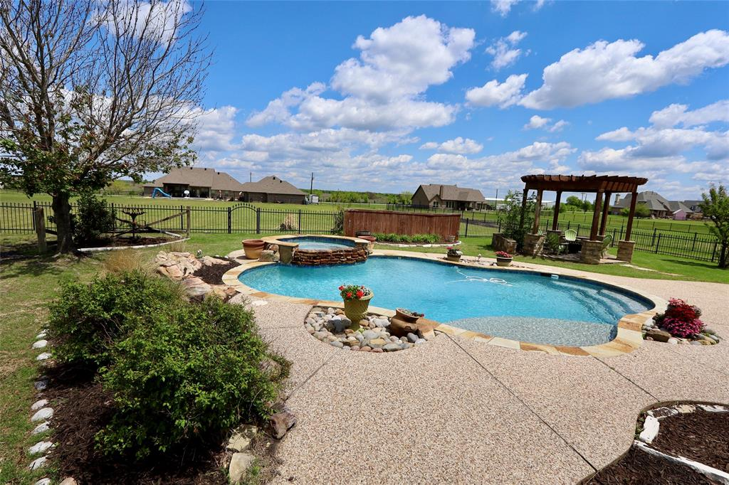 10188 Dennehy  Drive, Talty, Texas 75126 - acquisto real estate best luxury home specialist shana acquisto
