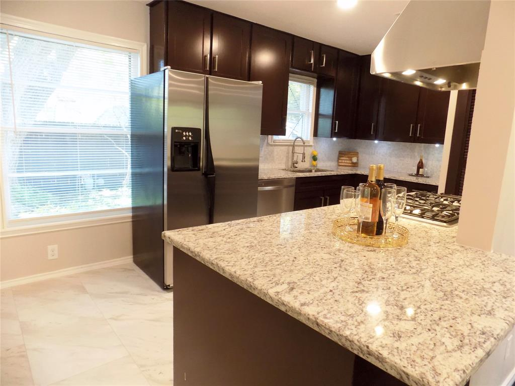 2730 Tisinger  Avenue, Dallas, Texas 75228 - acquisto real estate best photos for luxury listings amy gasperini quick sale real estate