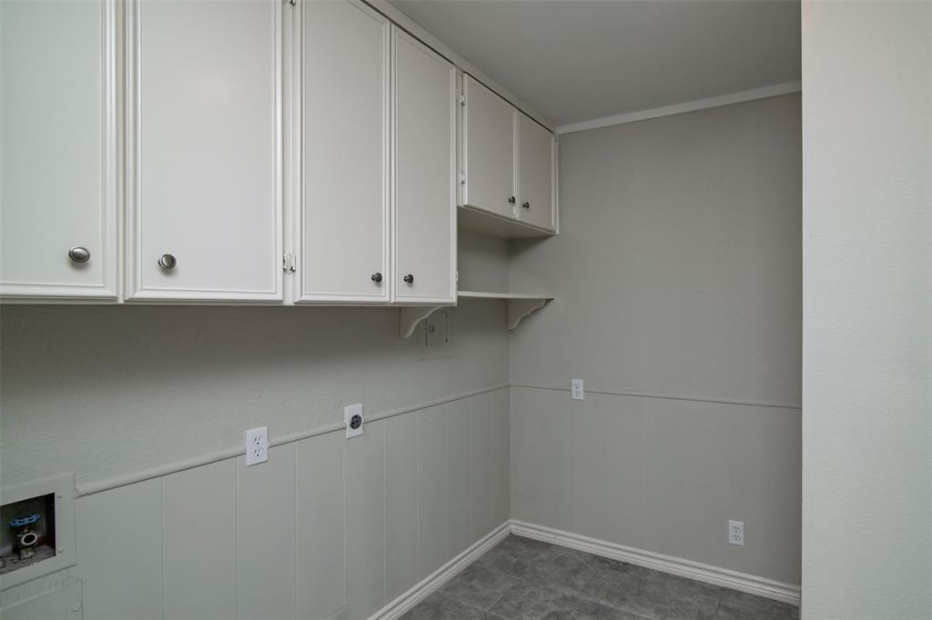 500 Ellen  Avenue, Hurst, Texas 76053 - acquisto real estate best frisco real estate broker in texas for high net worth buyers