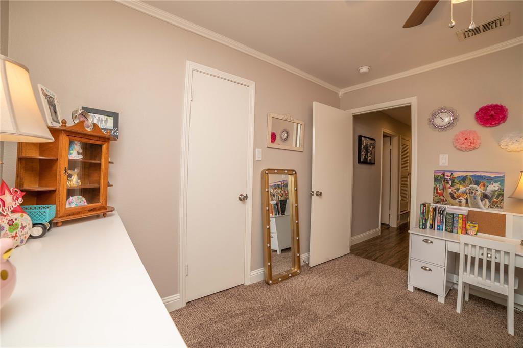 2426 Sherwood  Drive, Grand Prairie, Texas 75050 - acquisto real estate smartest realtor in america shana acquisto