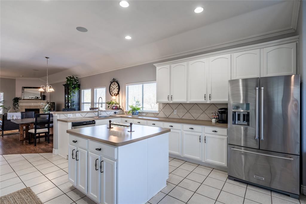 1700 Azalea Drive, Savannah, Texas 76227 - acquisto real estate best designer and realtor hannah ewing kind realtor