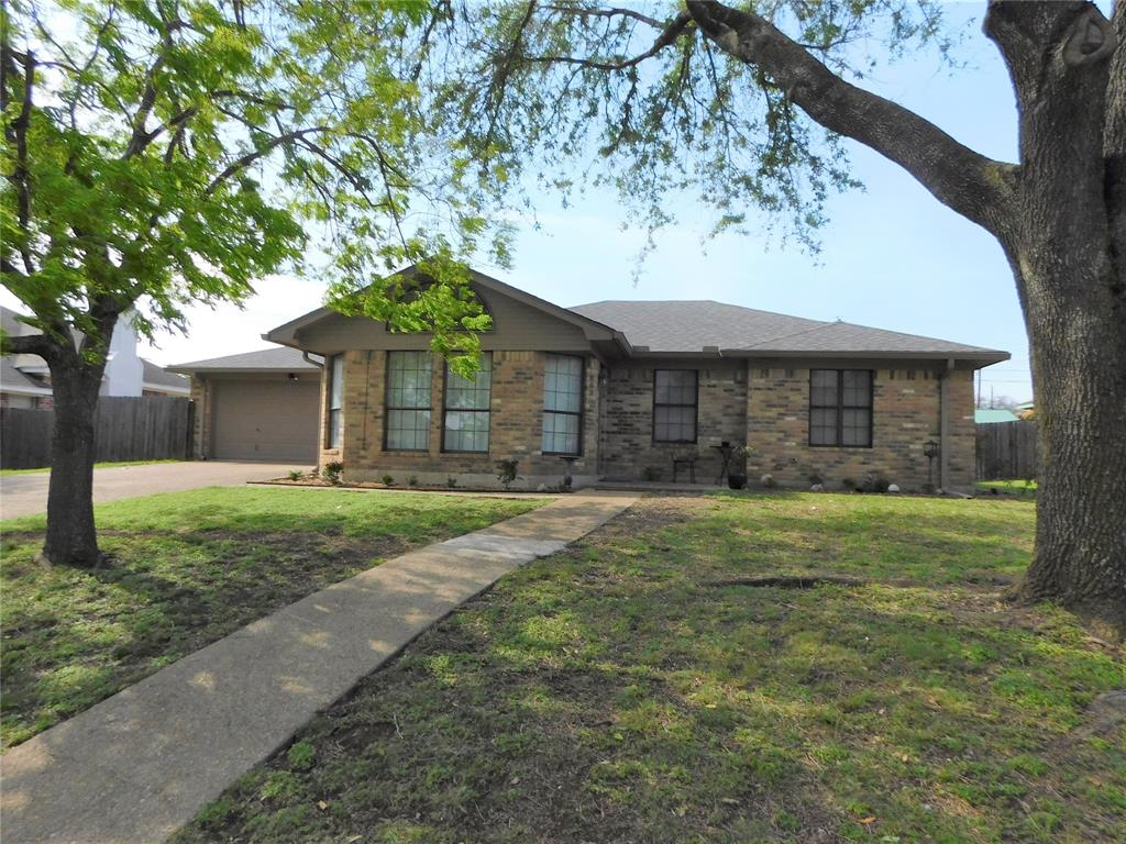 809 Pawnee  Trail, Hewitt, Texas 76643 - Acquisto Real Estate best plano realtor mike Shepherd home owners association expert