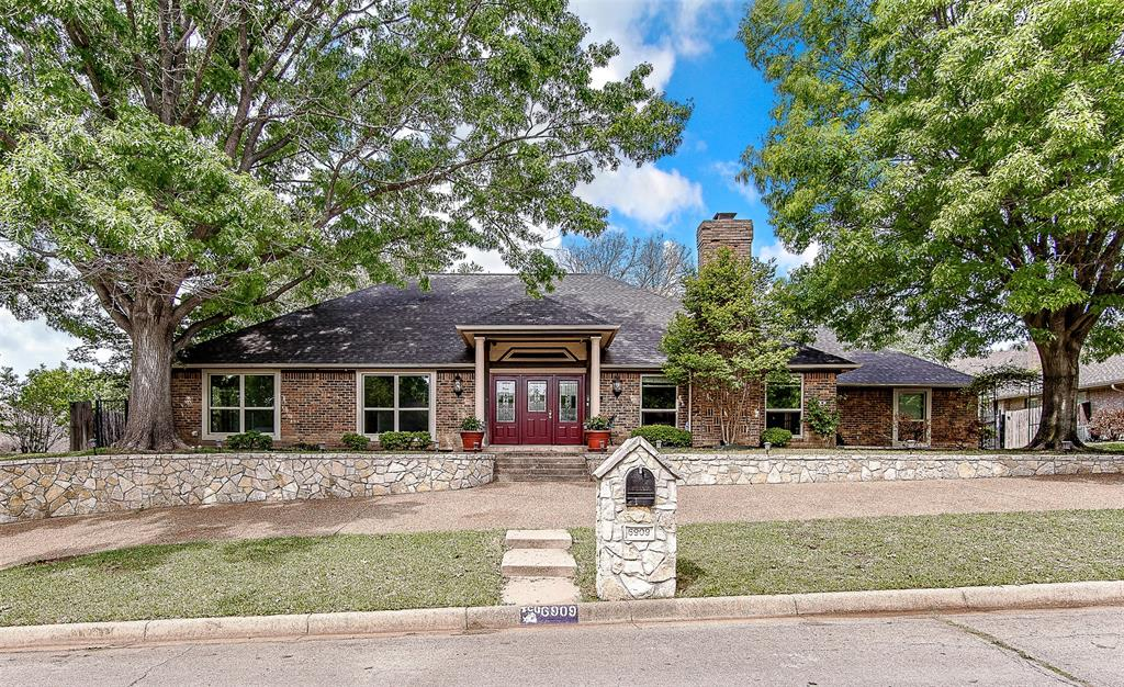 6909 Battle Creek  Road, Fort Worth, Texas 76116 - Acquisto Real Estate best plano realtor mike Shepherd home owners association expert