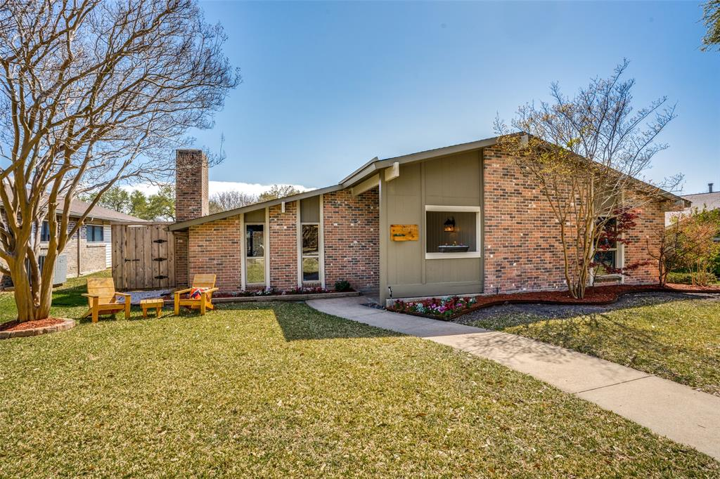 10954 Middle Knoll Drive, Dallas, Texas 75238 - Acquisto Real Estate best plano realtor mike Shepherd home owners association expert