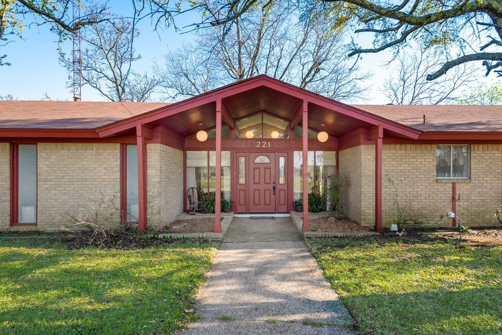 221 Laurel Lane, Fairfield, Texas 75840 - Acquisto Real Estate best mckinney realtor hannah ewing stonebridge ranch expert