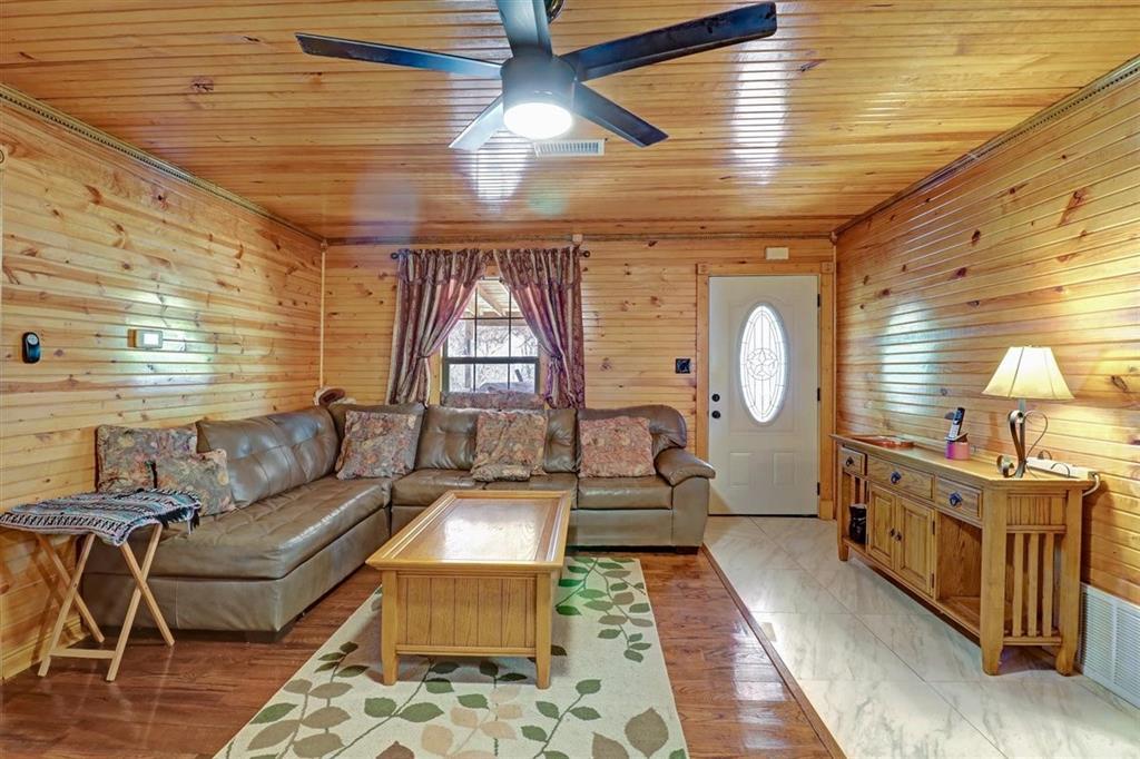 925 Hemlock Drive, West Tawakoni, Texas 75474 - acquisto real estate best luxury buyers agent in texas shana acquisto inheritance realtor