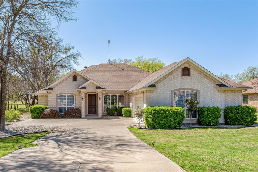 1809 Rockview  Drive, Granbury, Texas 76049 - Acquisto Real Estate best plano realtor mike Shepherd home owners association expert