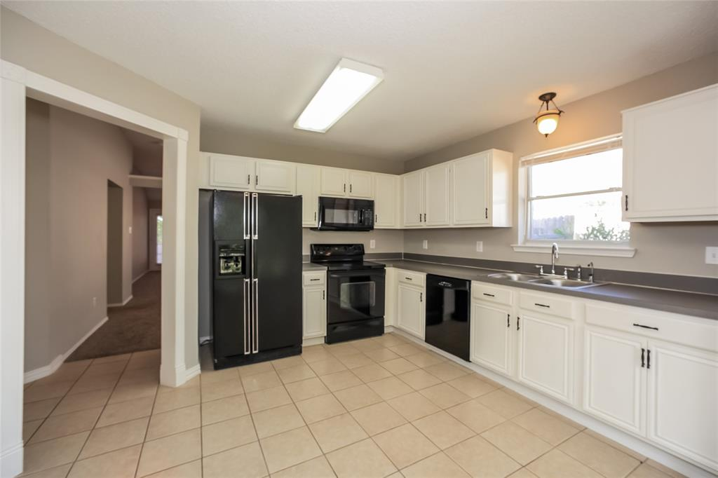 2638 Brea Canyon  Road, Fort Worth, Texas 76108 - acquisto real estate best celina realtor logan lawrence best dressed realtor