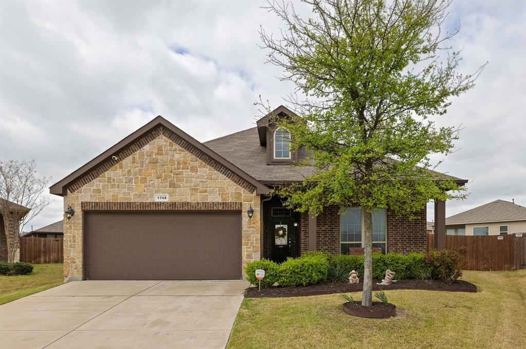 1748 Capulin Road, Fort Worth, Texas 76131 - Acquisto Real Estate best plano realtor mike Shepherd home owners association expert